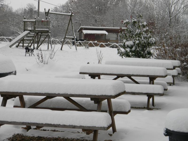 15 cm de neige dans le Morvan ! Nouvelles P1 et P2 Dscn0611