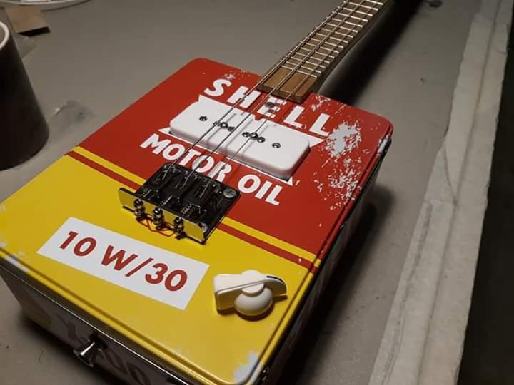 Stage de fabrication de cigarebox guitar en Saône et loire Fb_img17