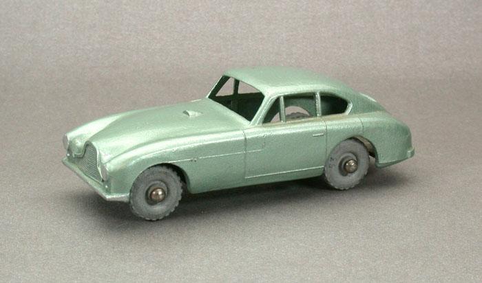 #53 Aston-Martin Gwmb_010
