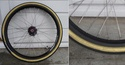 Peinture bleue (ou verte?) pour pneu de vélo: résolu ? Pneu_e12