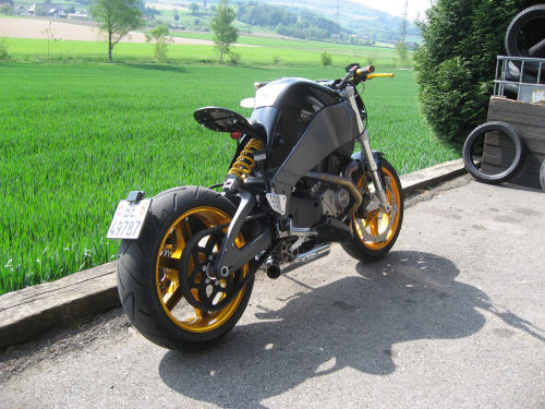 X1 Short Toni2010