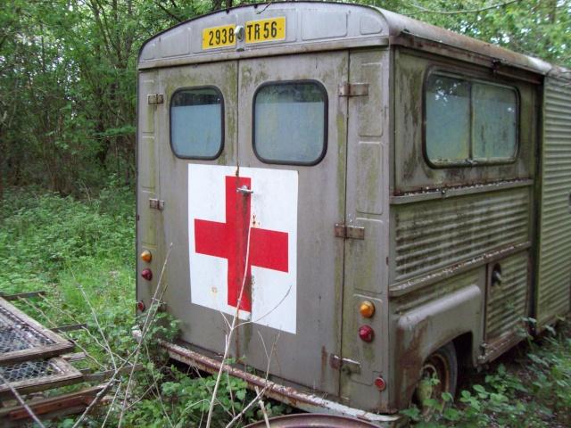 Présentation : Ex ambulance armée 100_2137