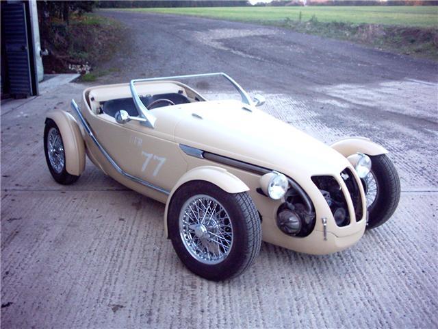 2cv custom 18434b12