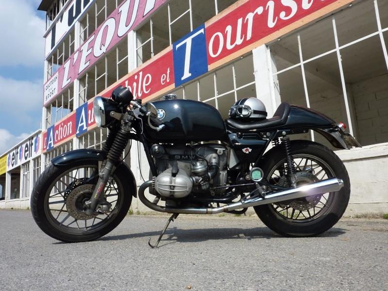 C'est ici qu'on met les bien molles....BMW Café Racer - Page 3 P1000211