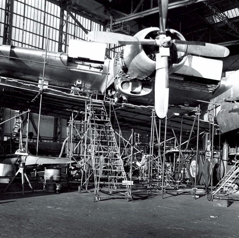 Parking d'usine a Mérignac anées 60 Photo231