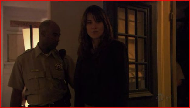"Lucy Lawless dans ""The L Word"" !! - Page 6 Lucy10"
