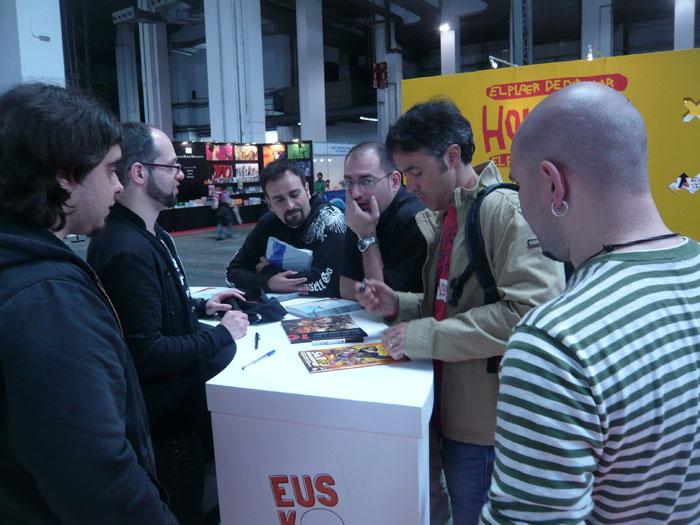 FOTORREPORTAJE - PokerFace en el 28º Salón de Cómic de Barcelona 00p10513