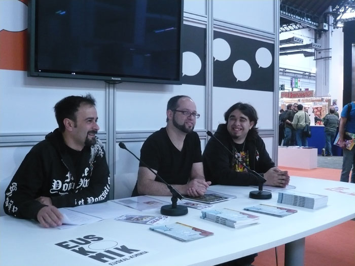 FOTORREPORTAJE - PokerFace en el 28º Salón de Cómic de Barcelona 00p10537