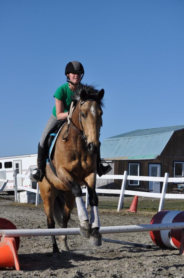 Julie et Sidjy au saut d'obstacle Dsc_0151