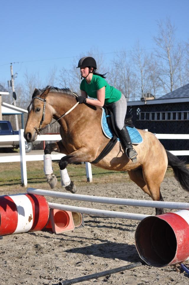Julie et Sidjy au saut d'obstacle Dsc_0153
