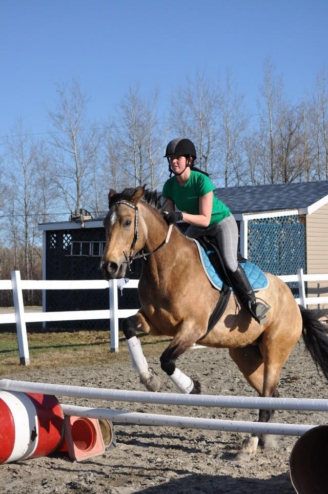 Julie et Sidjy au saut d'obstacle Dsc_0154