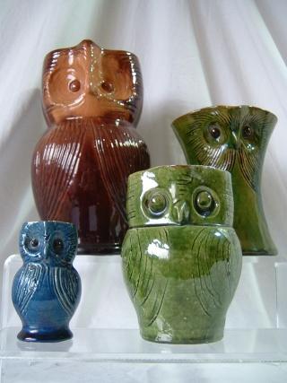 Farnham Pottery (Surrey) 00628