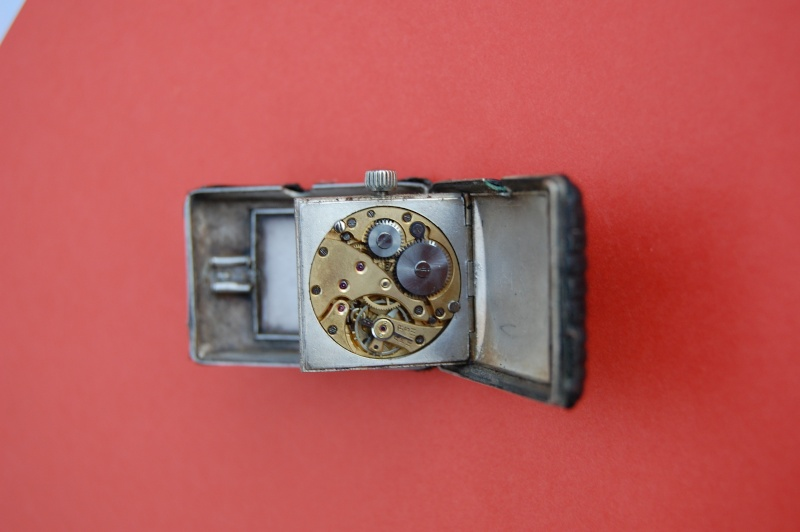 FIAT rectangulaire de poche à volet -renseignements- Dsc_0010