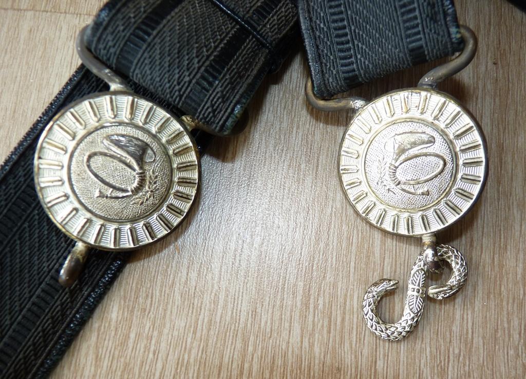 Ensemble officier Chasseur (Bdp mle 57 et ceinturon mle  52) P1160219