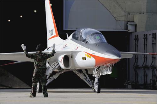 Les avions de chasse ''indigènes'' T50_1410