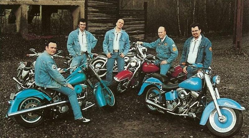 Ils ont posé avec une Harley, uniquement les People - Page 36 _wild_10