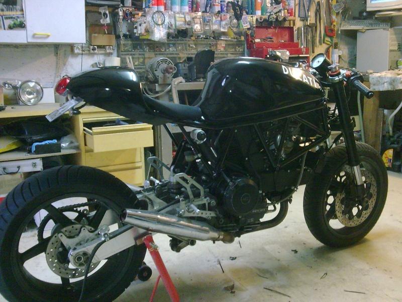 Reconstruction de ma 900ss-->transfo en Dirt Fighter P 15 ! - Page 9 Photo024