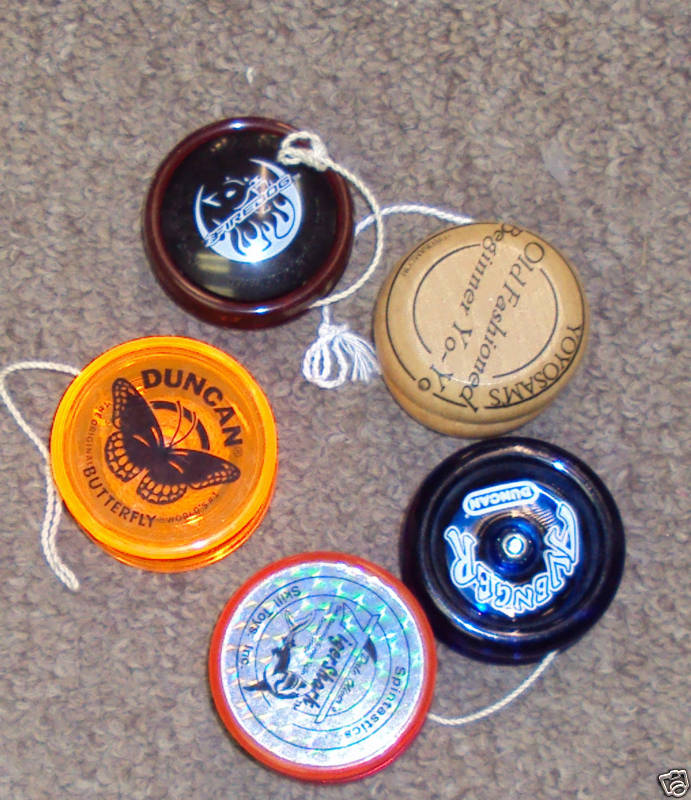 [CONCLUSA NON PARTEC.] ebay 370341091154 - Used lot of 5 Vintage Yo-Yos - Collector YoYo- Mix!  scad. (Mar 04, 201017:45:25 PST) Bmtvqg10