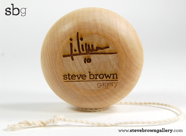 yoyo in legno da Steve Brown Limony11