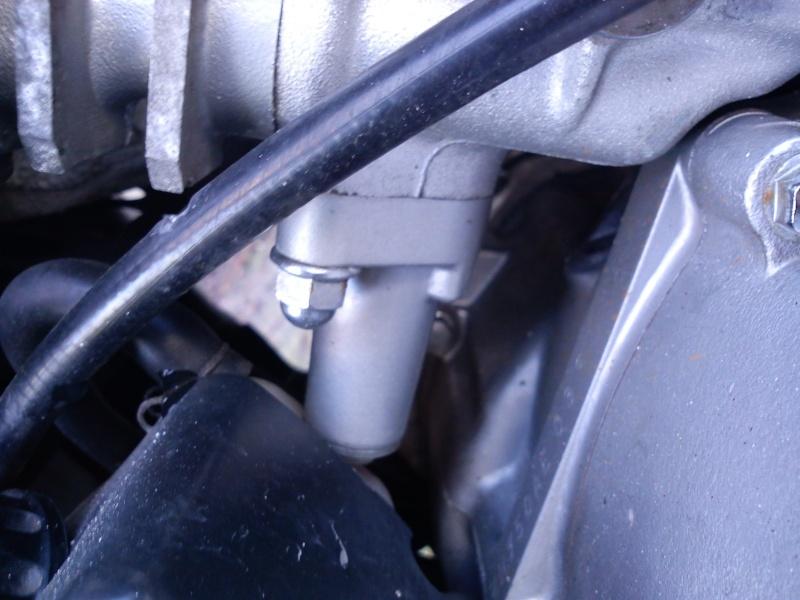 750 EN -  bruit cliqettis dans moteur 750 vulcan Dsc00012