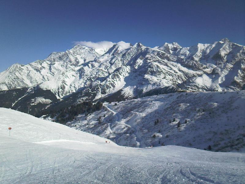 Bien le bonjour depuis la Suisse (par jean-luc V) Mt_bla11