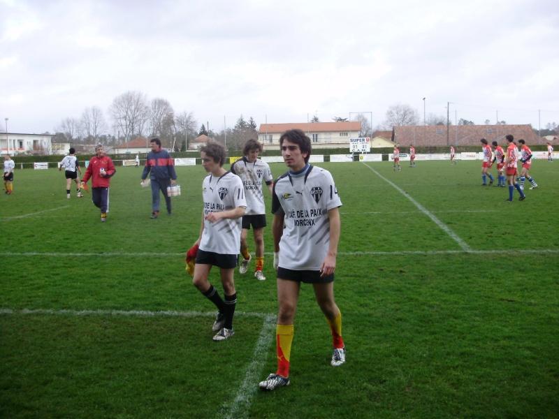 Belle victoire des juniors de l'entente contre Roquefort P2060724