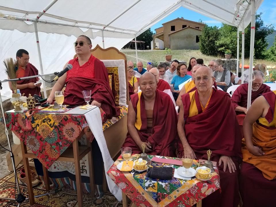 Rabjam Ripoché viendra consacrer le nouveau Stupa de Nyima Dzong 68437610