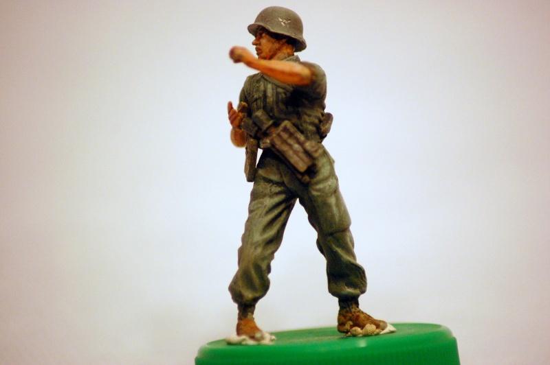 peinture - panzer III ausf H : 1941-42 : les figurines - peinture - Page 3 Dsc_0071
