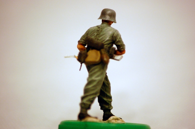peinture - panzer III ausf H : 1941-42 : les figurines - peinture - Page 3 Dsc_0076
