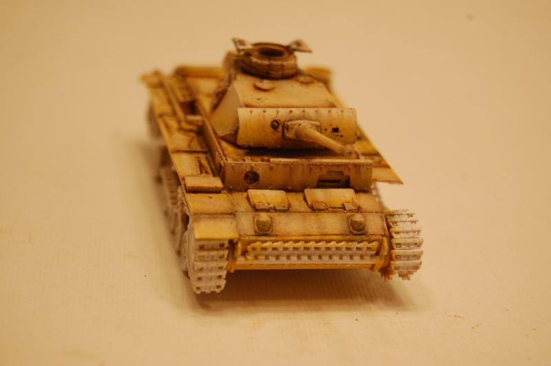 peinture - panzer III ausf L 1/72 retour aux racines Dsc_0331