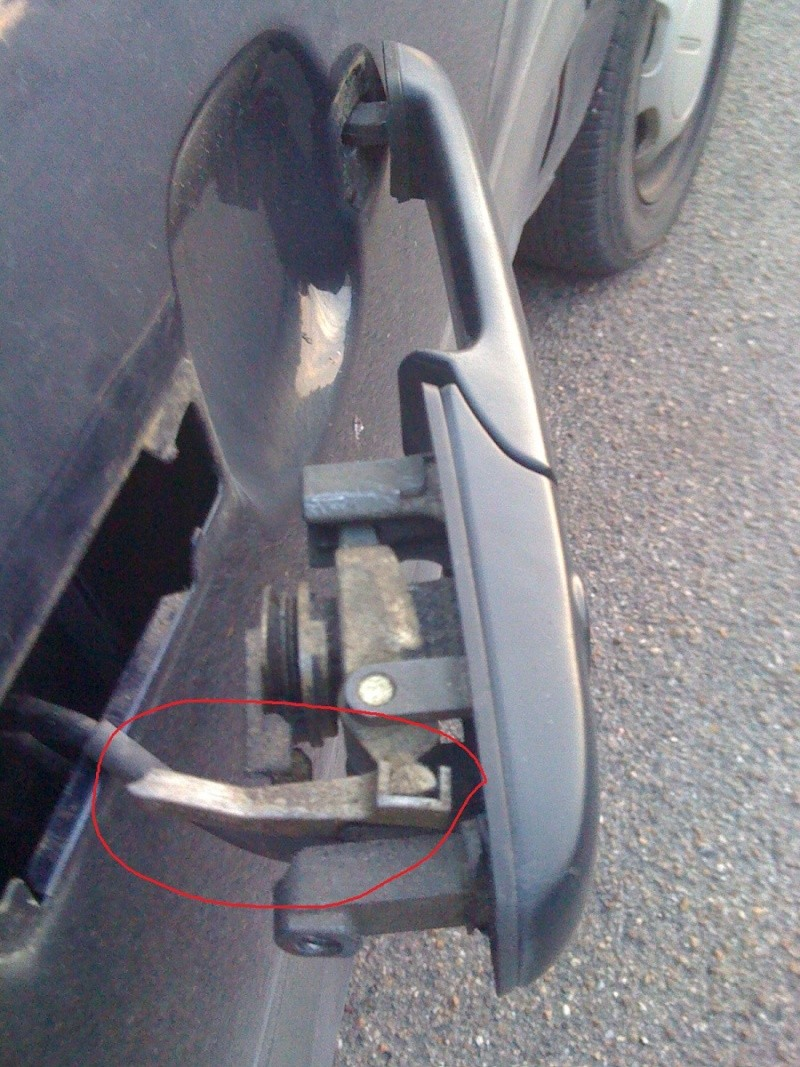Volkswagen passat td break an 1994 remplacement poigne - Comment ouvrir une porte sans poignee ...