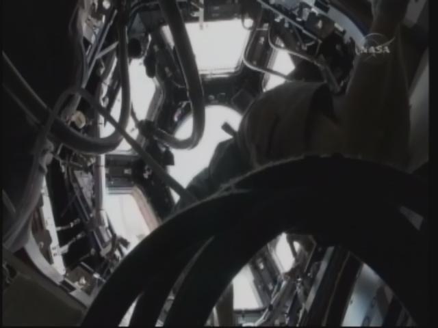 [STS-130] Endeavour : fil dédié au suivi de la mission. - Page 12 Firefo54