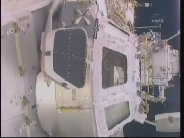 [STS-130] Endeavour : fil dédié au suivi de la mission. - Page 12 Firefo55