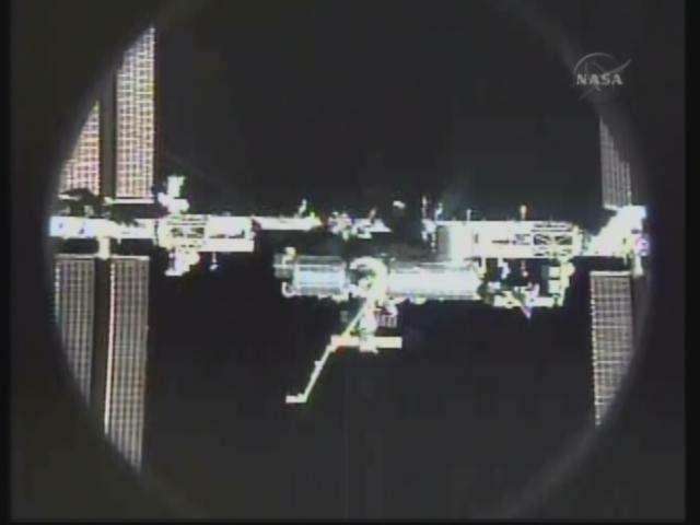 [STS-131 / ISS19A] Discovery : déroulement de la mission - Page 19 Firefo79