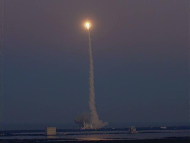 Delta IV  NROL-27 lancement le 11 mars 2011 - Page 2 Vlcsna48