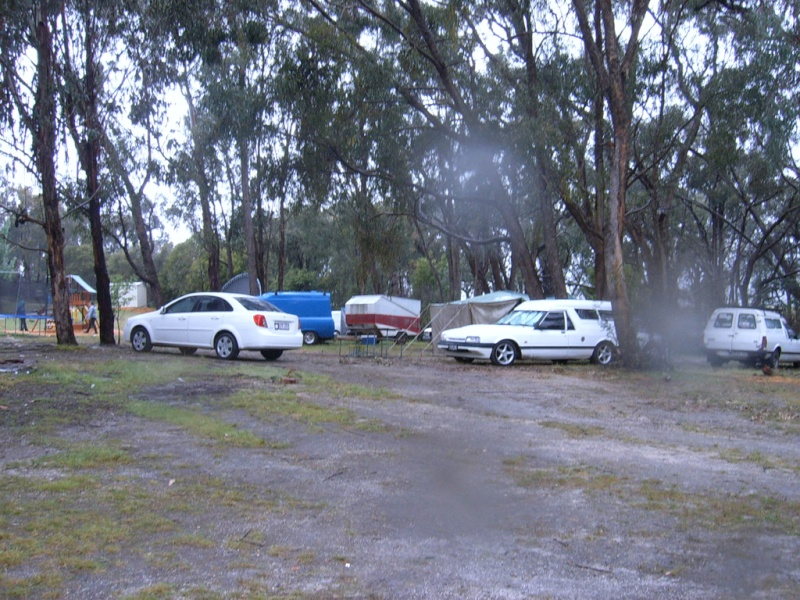Lima Sth (VIC) near Benalla long weekend....22.10 to 2.11.10 Camp_a10
