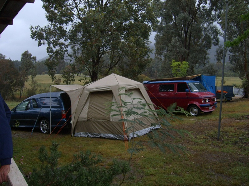 Lima Sth (VIC) near Benalla long weekend....22.10 to 2.11.10 Camp_a13