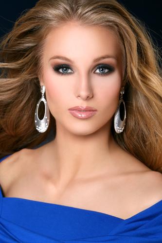 Road to Miss USA 2010 Press_10
