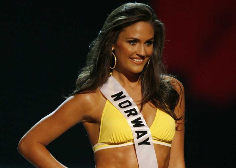 Miss Norway Universe 2008 new pics Sx6df410