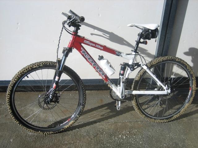 Aqui las imagenes de vuestras bicis y sus piezas Greenb11