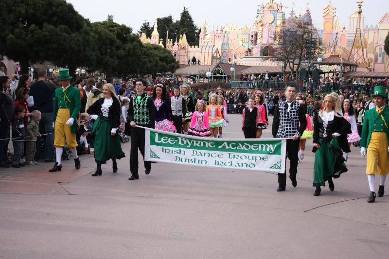 Saint Patrick's Day à Disneyland® Paris (17 mars 2016 et 2017) - Page 8 Disney11