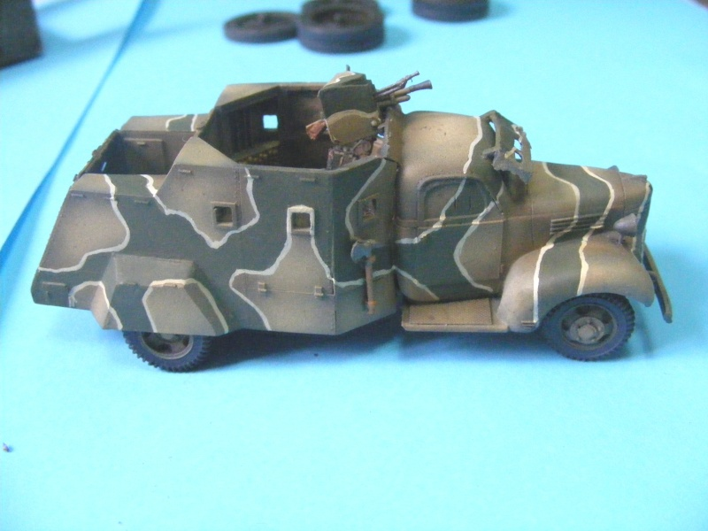 1/72 free french armoured trucks 2008_017