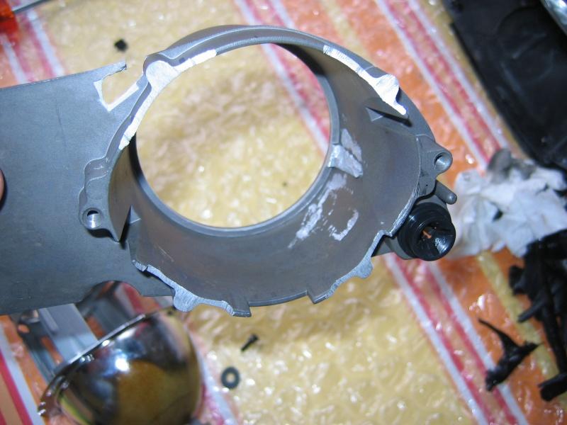Comment ouvrir un phare avant et accessoirement le modifier Img_0026