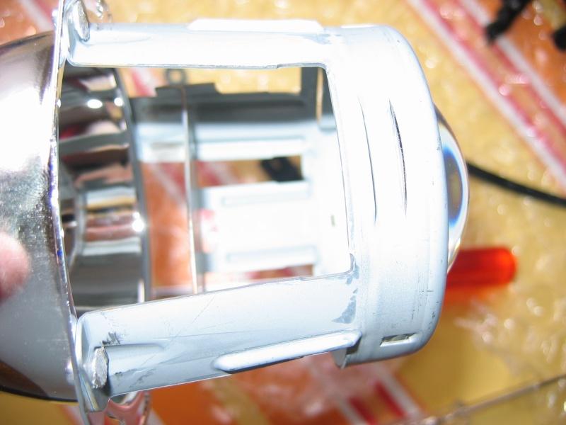 Comment ouvrir un phare avant et accessoirement le modifier Img_0027