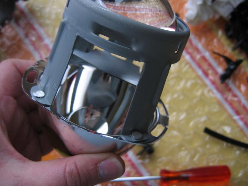 Comment ouvrir un phare avant et accessoirement le modifier Img_0029