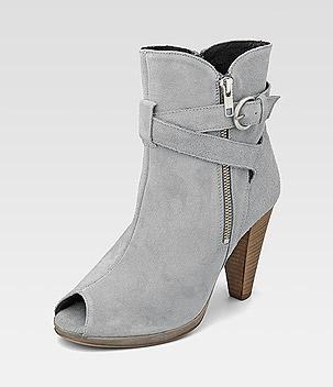 Frauen und Schuhe - Seite 5 Schuh110
