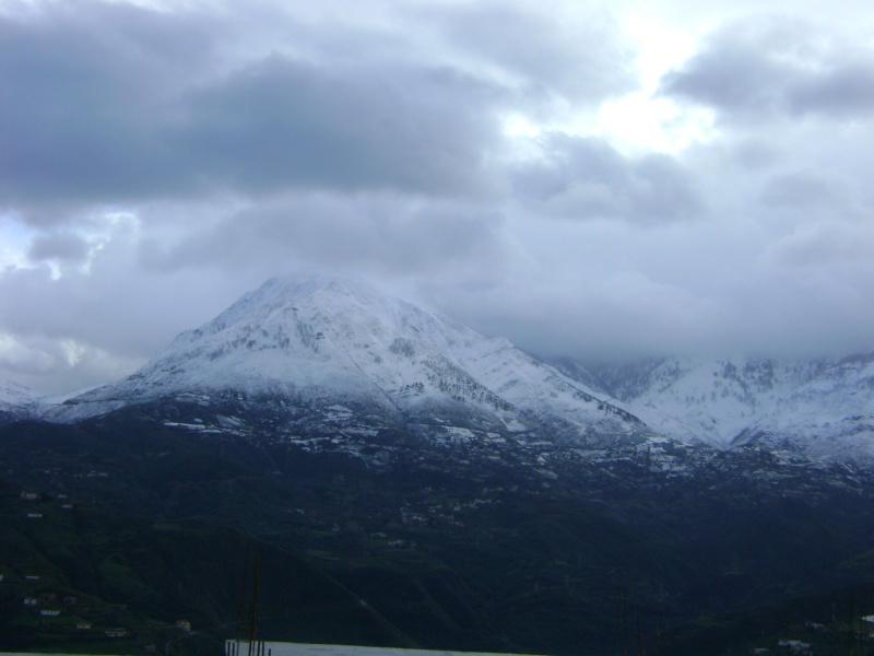 La neige à Issek Dsc03821