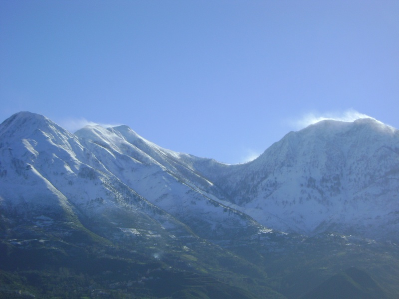La neige à Issek Dsc03826