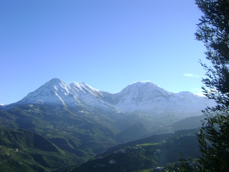 La neige à Issek Dsc03835