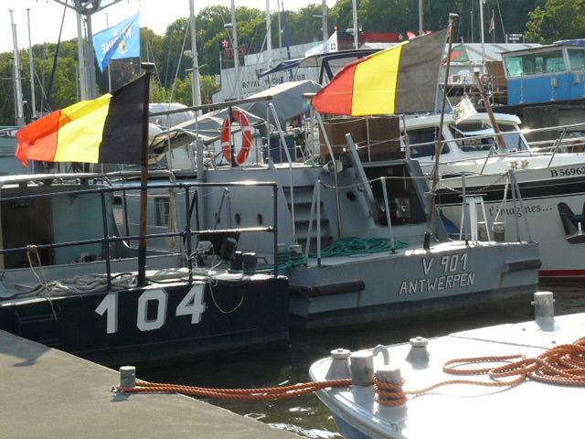 Fête du Port de Bruxelles le 23 mai 2010 - Page 4 Bruxe113